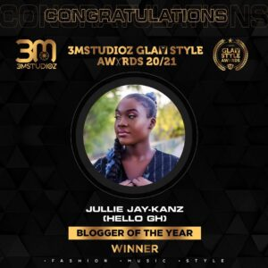 Jullie Jay-Kanz Wins Blogger of the year